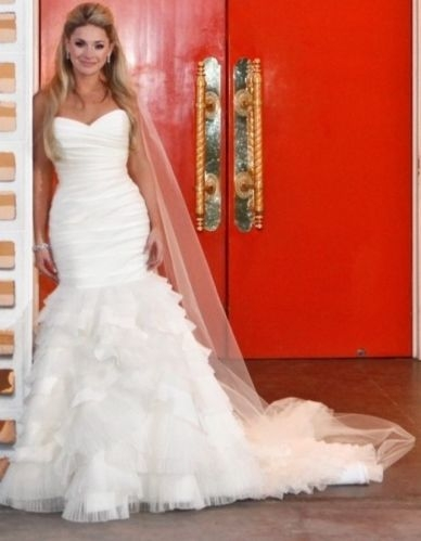 LAZARO PEREZ Wedding Dress SZ 2-4