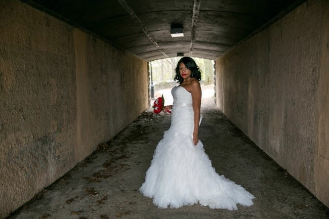 New york fabulous wedding dress sizes 10 12 for Sell wedding dress nyc