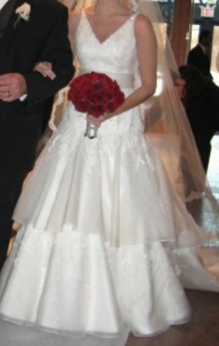 New york michelle roth gown sizes 2 4 for Sell wedding dress nyc