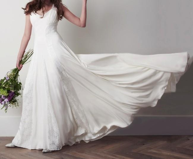 Colorado : Charlie Brear Vintage Wedding Gown : Sizes 6