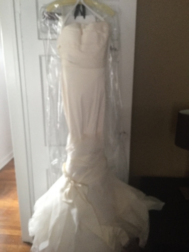 "NEW Vera Wang ""Ethel"" Wedding Dress"