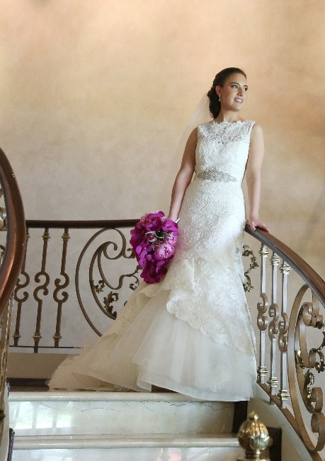 Massachusetts : Rivini Wedding Dress and Veil : Sizes 6 - 8