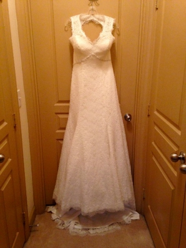 Georgia never worn all lace wedding dress sizes 6 8 for How to sell wedding dress never worn