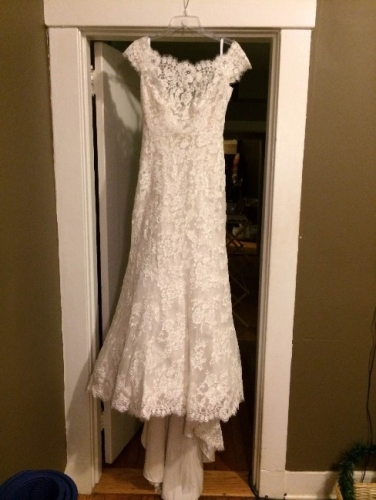 Size 10 Allure 9000 Ivory Wed Dress