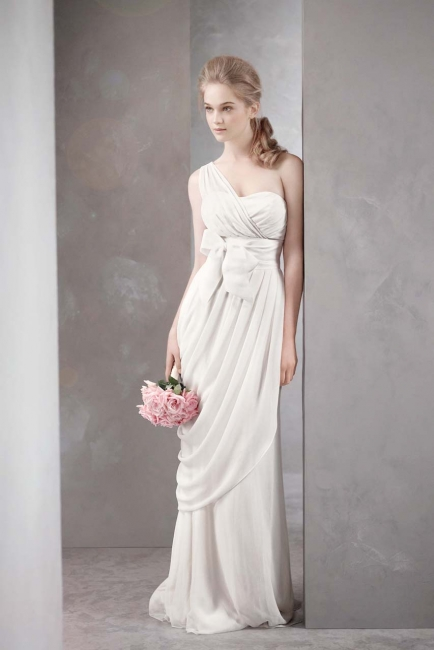 New york vera wang white grecian new sizes 2 4 for Sell wedding dress nyc