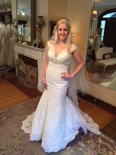 Illinois Never Worn Lace Wedding Dress Sizes 6 8