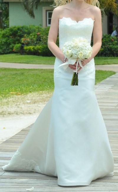 New York : Augusta Jones Stunning Wedding Gown : Sizes 6 - 8