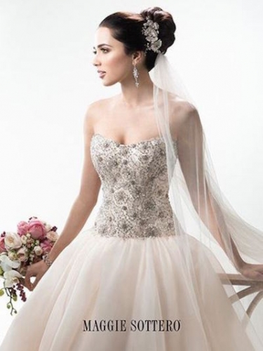 Sell my wedding dress buy or sell your wedding dress online for Who sells maggie sottero wedding dresses